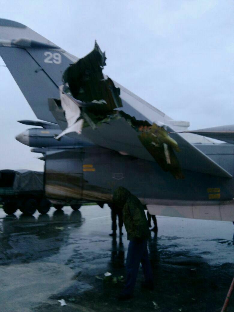 Пошкоджені російські літаки у Сирії