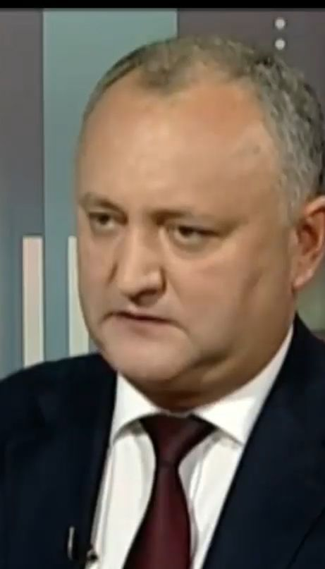 Конституційний суд Молдови тимчасово усунув президента країни Ігоря Додона з посади