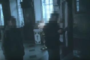 """У Дніпрі невідомі вигукували """"торгівці Богом"""" у церкві МП - ЗМІ"""