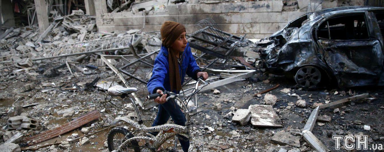 В Идлибе прогремели несколько взрывов, погибли и ранены десятки людей