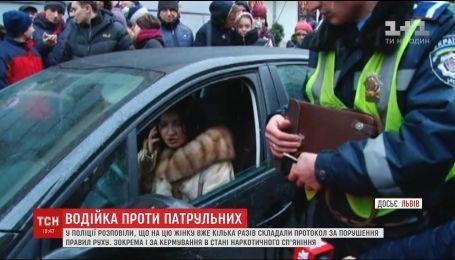 Во Львове водительница сбила патрульных, когда ее остановили за нарушение правил