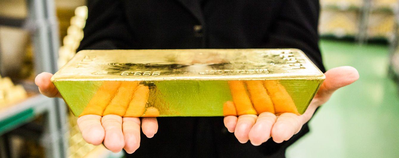 Золотовалютные резервы Нацбанка в течение года выросли на 21%