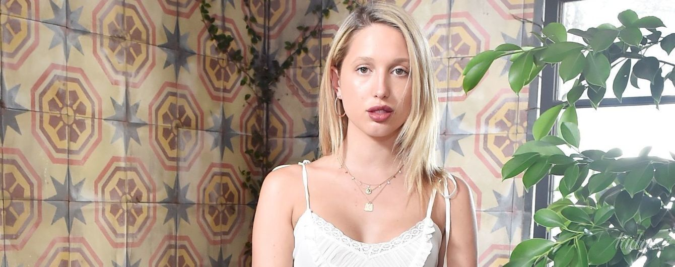 Бывшая подруга принца Гарри – принцесса Мария-Олимпия, сходила на вечеринку в сарафане и без бюстгальтера