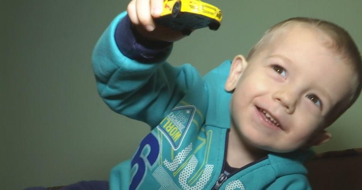 На новорічне диво сподівається хворий 3-річний Олег