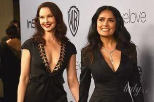 Красотки без нижнего белья: Сальма Хайек и Эшли Джадд пришли на вечеринку с откровенными декольте