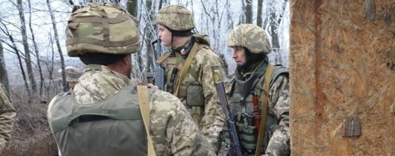 Боевики из гранатометов обстреляли позиции украинских военных на Луганском направлении