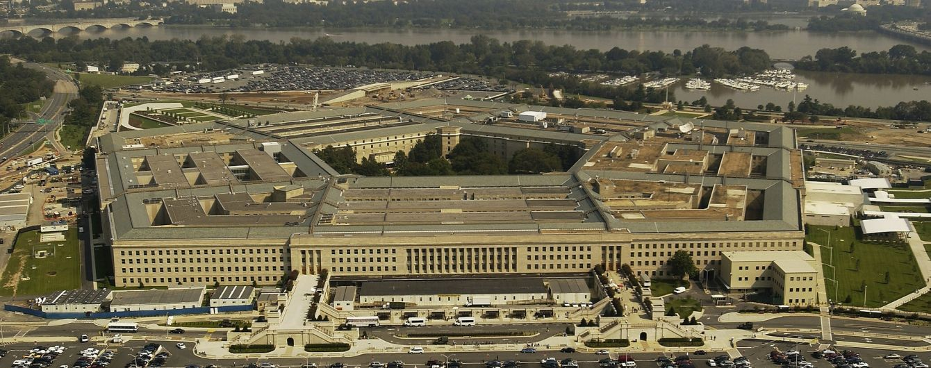 Тиск на РФ, реформи в Україні та співпраця: про що говорили Полторак і Меттіс у Пентагоні