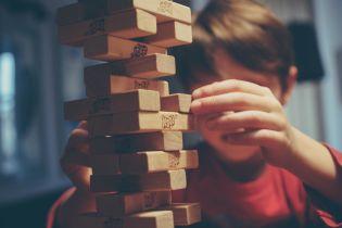 Розвивальні картки й конструктори: Міносвіти рекомендує замінити іграшки в дитсадках