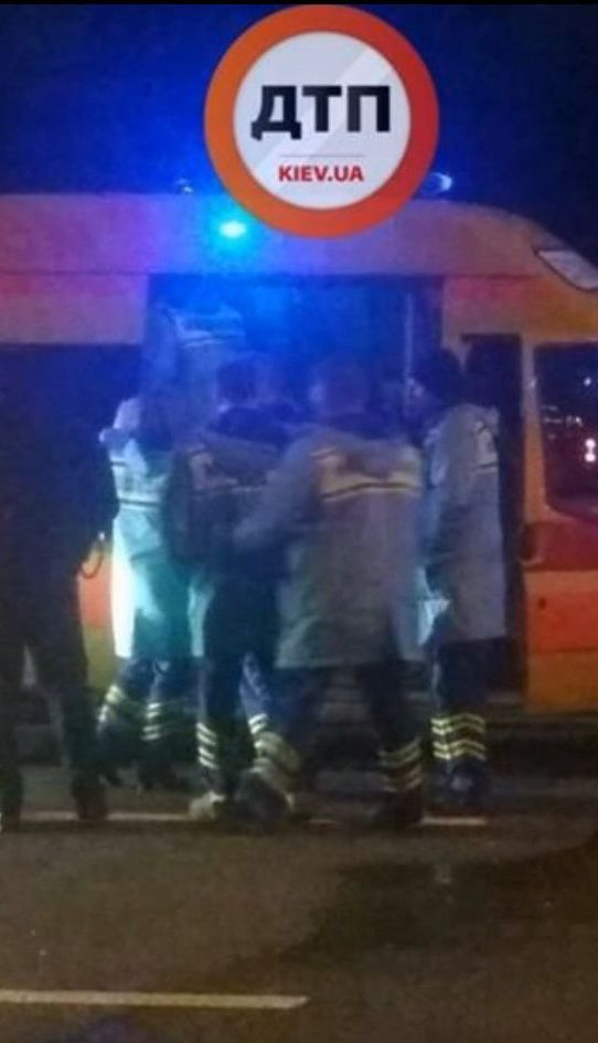 В Киеве произошло ДТП с участием медицинского автомобиля