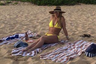 Похудевшая Бритни Спирс ошеломила стройной фигурой в бикини