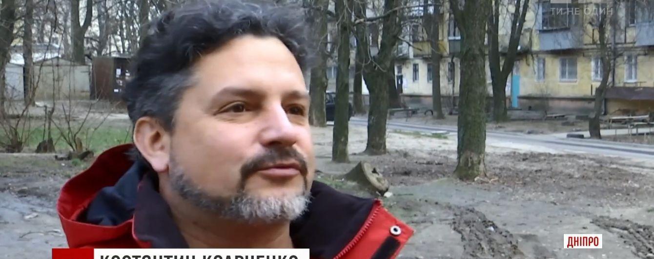 """Выйдет по амнистии и возьмется за взрывчатку: пострадавший от """"театралки с молотком"""" АТОшник прокомментировал ее задержание"""