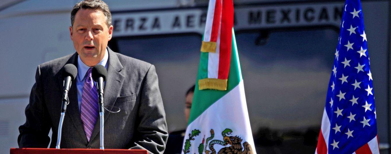 "Посол США в Панаме уволился из-за ""грязных дыр"" Трампа"