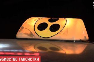 В Николаеве таксисты загнали в поле угонщика авто и едва не линчевали его
