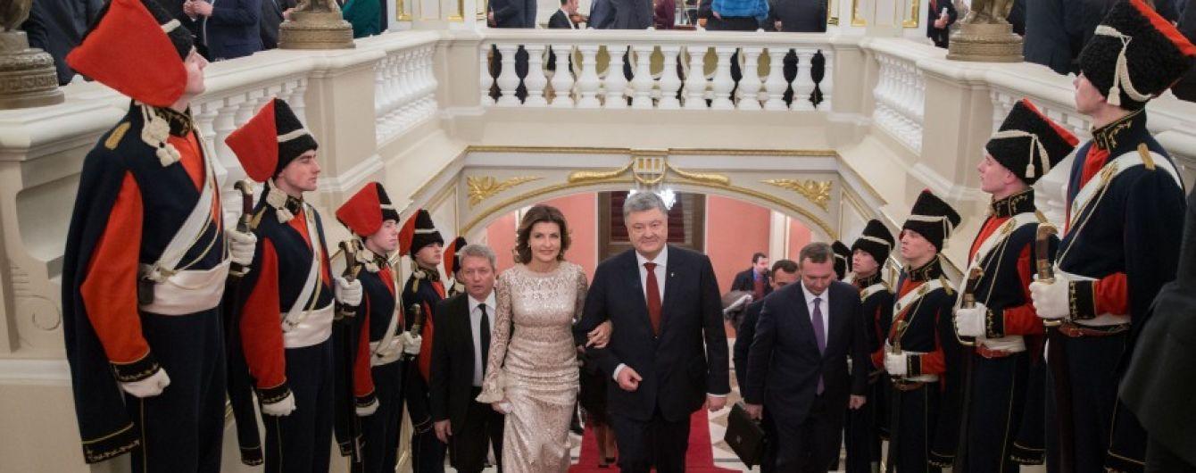 Порошенко пригласили на Венский бал в качестве личного гостя президента Австрии