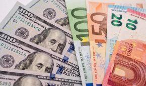 Долар і євро вчергове здорожчають. Нацбанк визначився з курсами валют після вихідних