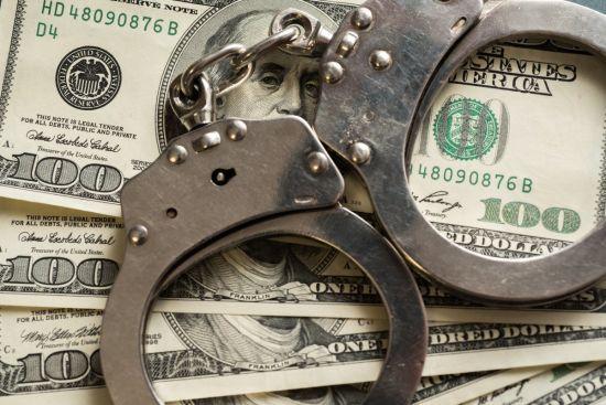 За незаконне збагачення тепер можна потрапити до в'язниці - закон набрав чинності