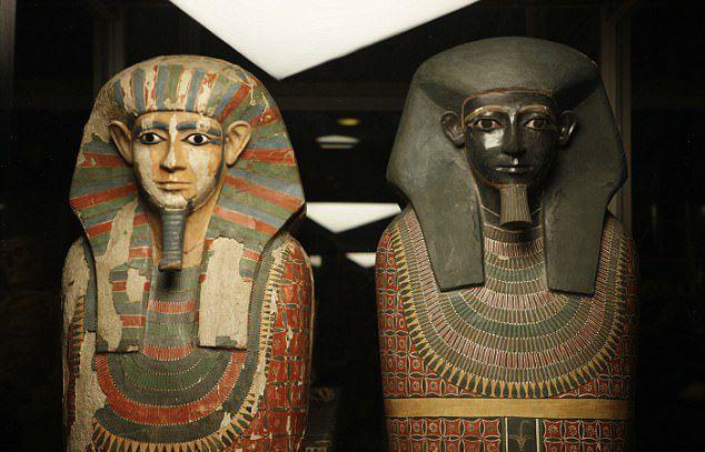"""Мумії """"Двох братів"""" в Манчестерському музеї"""
