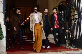 Стильные Бекхэмы посетили шоу Louis Vuitton в Париже