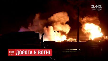У США спалахнула вантажівка з 40 тисячами літрів палива