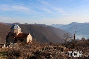 У Косові зростає напруга: Белград і Приштина звинуватили одне одного в зазіханнях на північні регіони