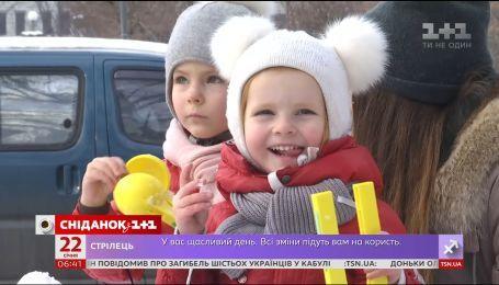 """Как украинцы относятся к вакцинации сегодня – опрос """"Сніданка"""""""