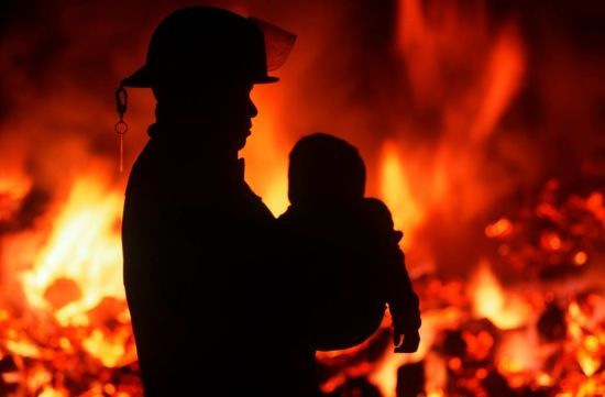 Смертельні пустощі з вогнем: на Волині загинула півторарічна дівчинка через ігри сестри з феном