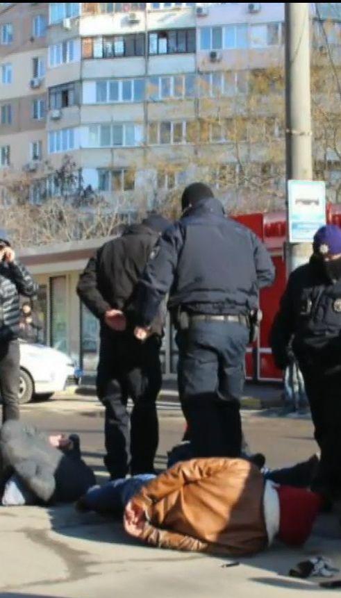 Патрульні із пострілами в повітря переслідували кримінальних гастролерів в Одесі