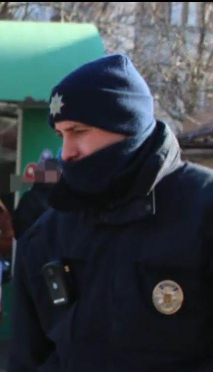 """В Одесі """"барсеточники"""" вкрали сумку та влаштували погоню з патрульними"""