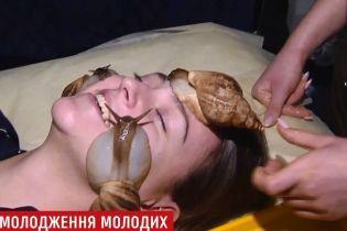 Равлики на обличчі та болісні уколи: українки в гонитві за вічною молодістю йдуть на вигадливі процедури