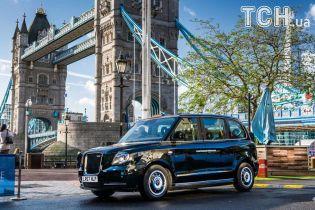 Компания Geely выпустила на дороги Британии экологически чистые такси
