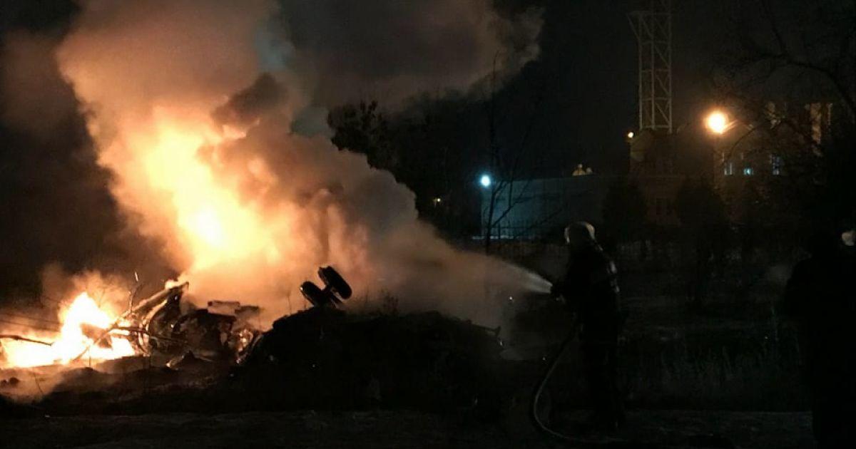 В полиции назвали основные версии падения вертолета в Кременчуге, в котором погибли четыре человека