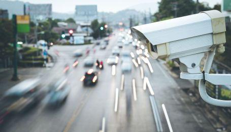 Юрист рассказал о скором запуске на дорогах систем автофиксации нарушений