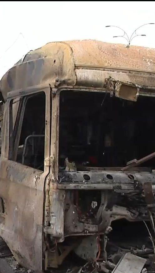 В Киеве образовались километровые пробки из-за ДТП, в котором выгорело фура и три легковых авто