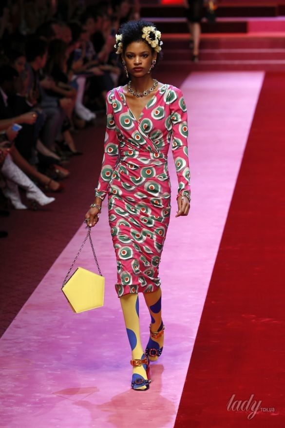 Коллекция Dolce&Gabbana прет-а-порте сезона весна-лето 2018_95