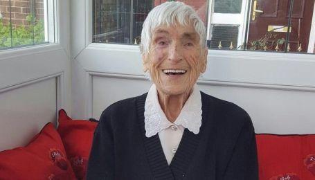 В Великобритании умерла бабушка, у которой было более 150 внуков, правнуков и праправнуков