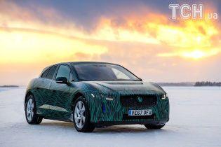 Электрокар Jaguar I-Pace испытали льдом