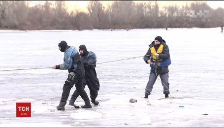 Спасатели предупреждают об опасности на льду