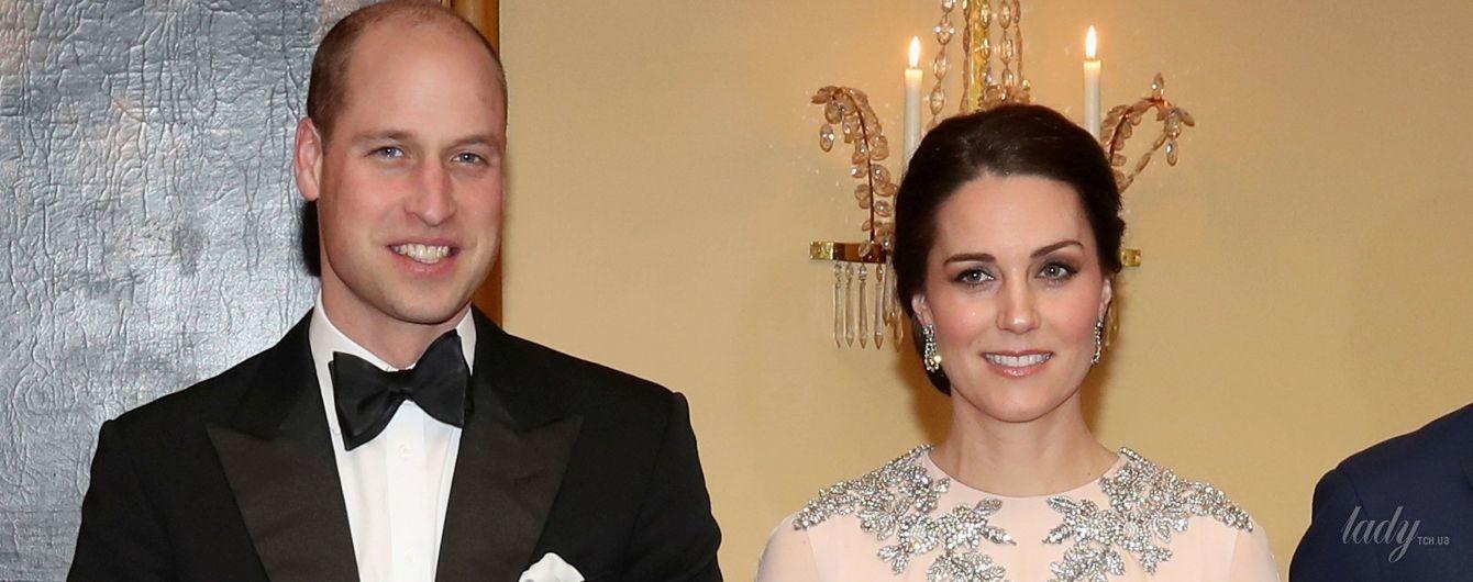 Кембриджи на торжественном приеме: новый роскошный образ беременной герцогини Кэтрин