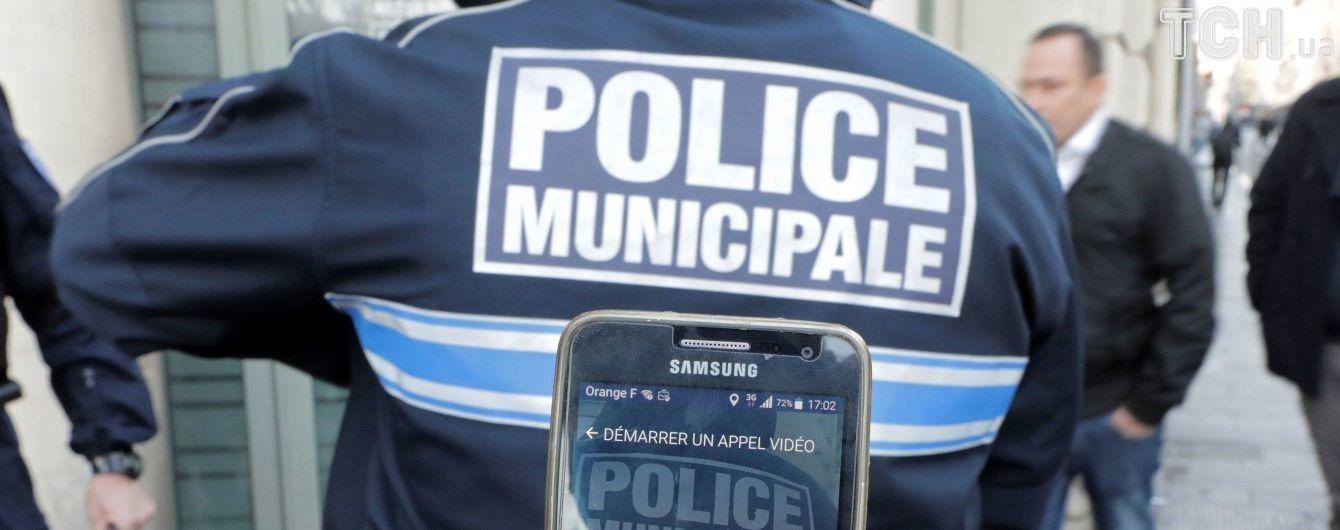 Во Франции в очереди за едой произошла кровавая двухчасовая драка между беженцами