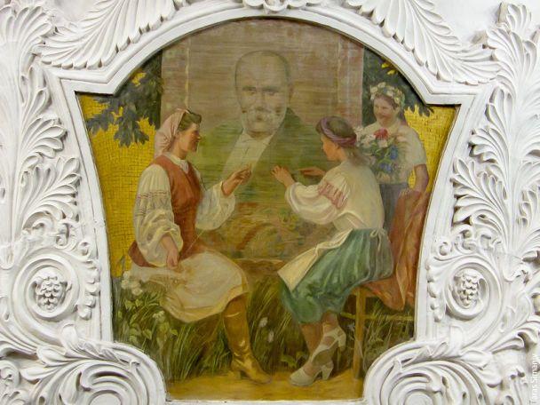 """Реставрация фресок на станции метро """"Киевская"""" в Москве"""