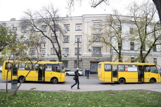 У Києві до кінця року може зрости вартість проїзду в маршрутках