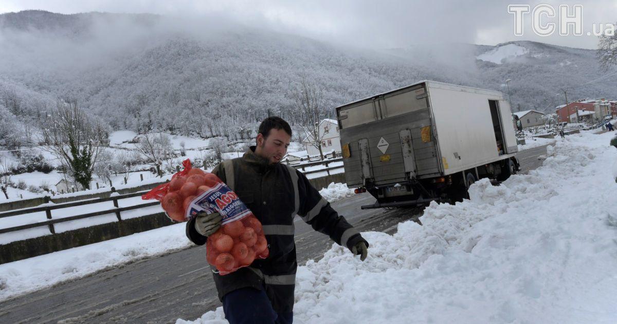 Іспанію засипало снігом @ Reuters