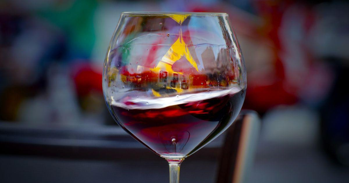 Полный отказ от алкоголя грозит развитием старческого слабоумия