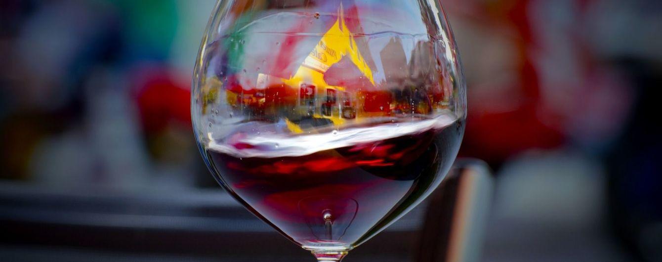Во Франции воры украли бутылок вина на пол миллиона евро