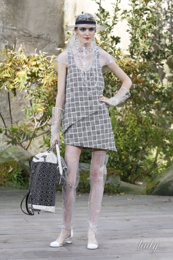 Коллекция Chanel прет-а-порте сезона весна-лето2018_61