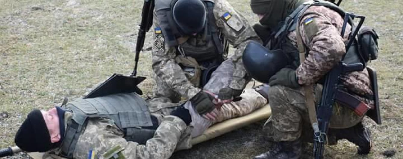 На Пасху четверо украинских военных получили ранения в зоне АТО