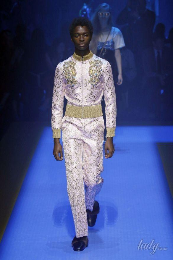 Коллекция Gucci прет-а-порте сезона весна-лето 2018_41
