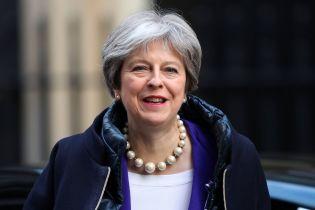 Нет альтернативы: Мэй обьяснила атаку Великобритании, США и Франции предотвращением применения химоружия в дальнейшем