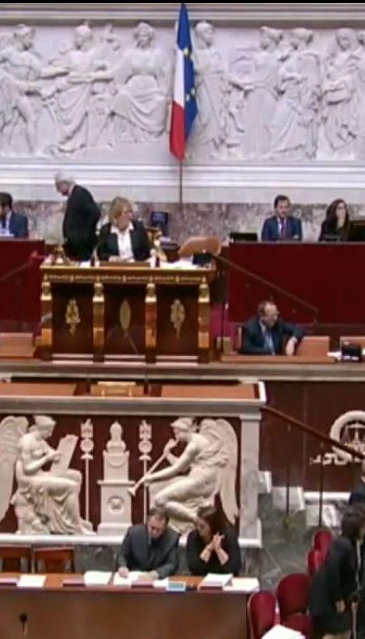 Во Франции депутатов будут наказывать за пропущенные заседания