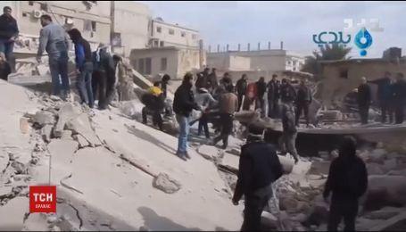Сирійські урядові війська здійснили нищівний обстріл житлових будинків, загинули люди